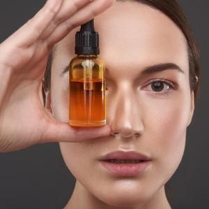 9 Cara Pakai Face Oil untuk Kulit Berminyak Hingga Kering