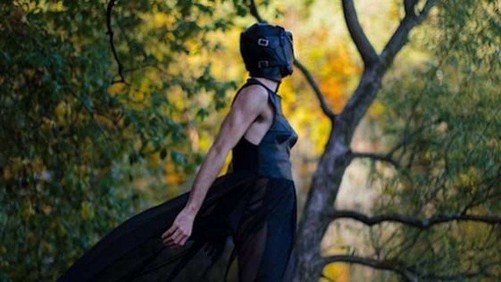 Fashion Show di Berlin Fashion Week Bertema BDSM Jadi Kontroversi