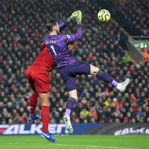 Liverpool Vs Man United: Van Dijk Gugat Gol Firmino yang Dianulir