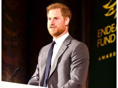 Mengalami Kebotakan, Pangeran Harry Dikabarkan Perawatan Rambut