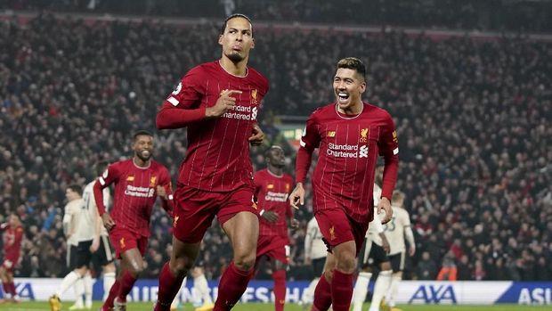 Liverpool kini berjarak 13 poin dengan Man City.