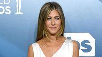 Siapa Sih Cinta Pertama Jennifer Aniston?