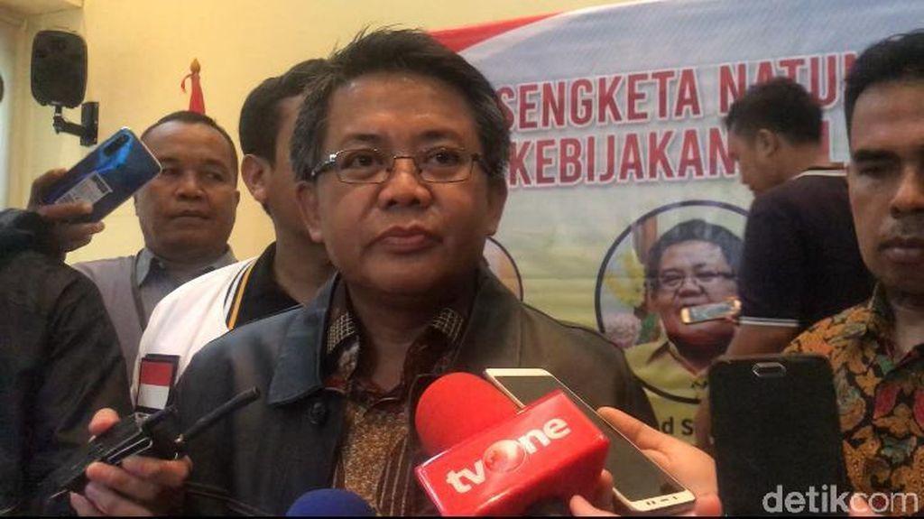 F-PKS DPR Selidiki Pencopotan Ronny Sompie dari Dirjen Imigrasi