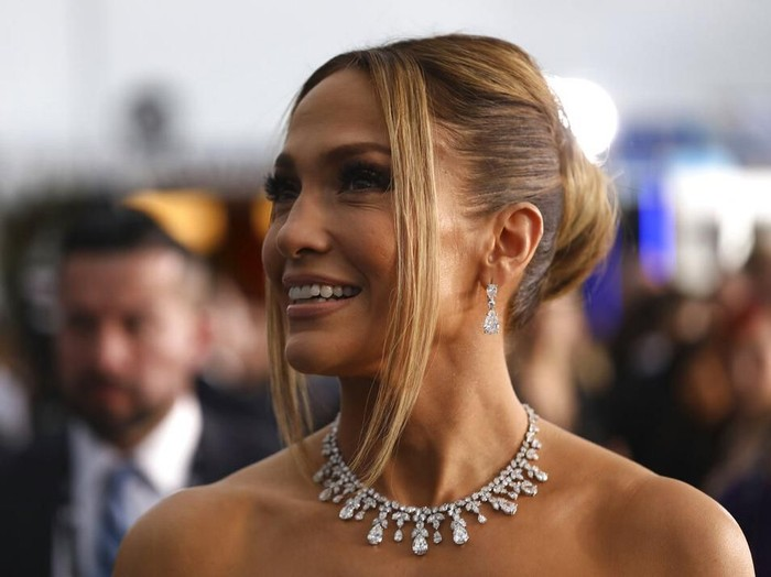 Jennifer Lopez arrives at the 26th annual Screen Actors Guild Awards at the Shrine Auditorium & Expo Hall on Sunday, Jan. 19, 2020, in Los Angeles. (Photo by Jordan Strauss/Invision/AP)