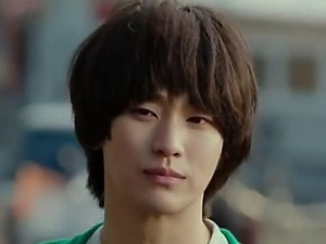 Kocaknya Kim Soo Hyun Jadi Cameo di Drakor Crash Landing On You