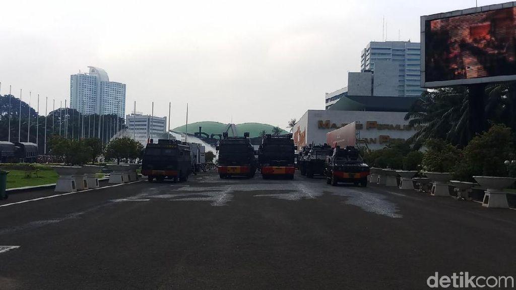 Antisipasi Demo Buruh di DPR, 6.000 TNI-Polri Siaga