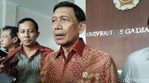 Hakim Perintahkan Menkeu Kompensasi Rp 37 Juta Wiranto sebagai Korban Teror