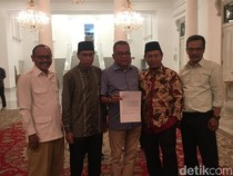 Gerindra dan PKS Serahkan Surat Nama Cawagub DKI ke Anies
