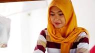 Ini Dia Sarjana Cantik Penjual Nasi Sayur yang Viral di Solo