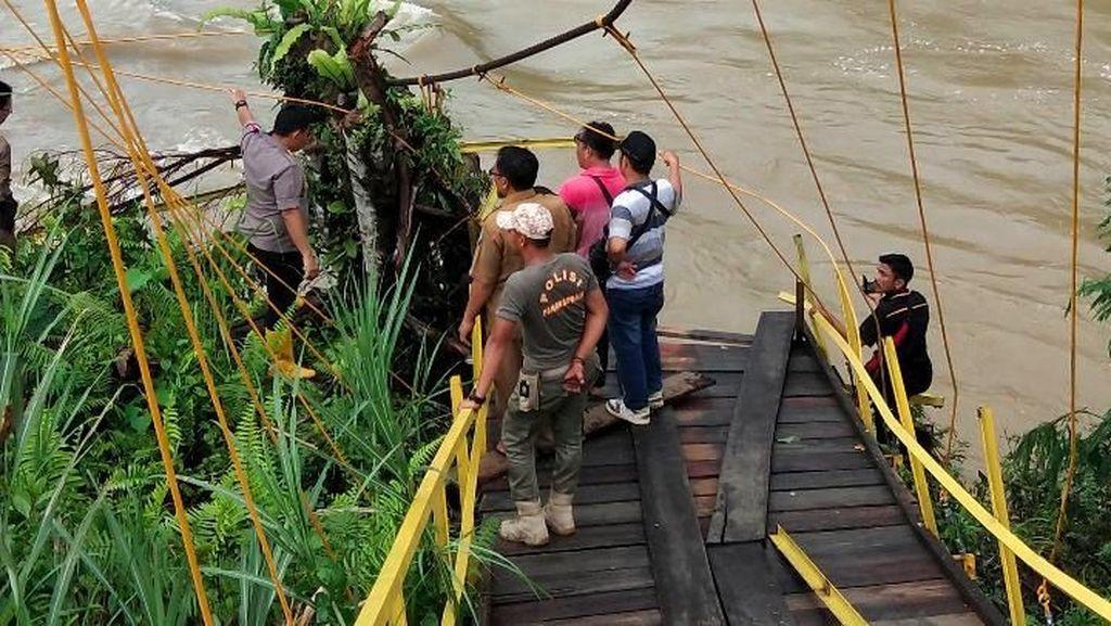 Proses Pencarian Korban Jembatan Putus di Bengkulu Terus Berlanjut