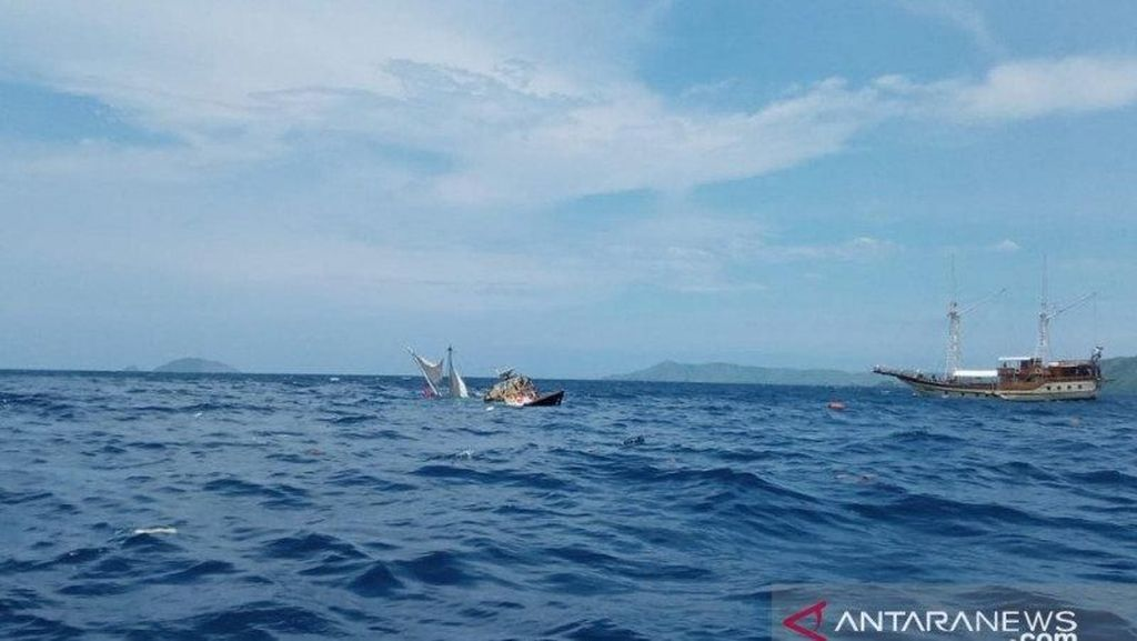 Penjelasan Istana soal Kapal Wartawan Terbalik di Labuan Bajo