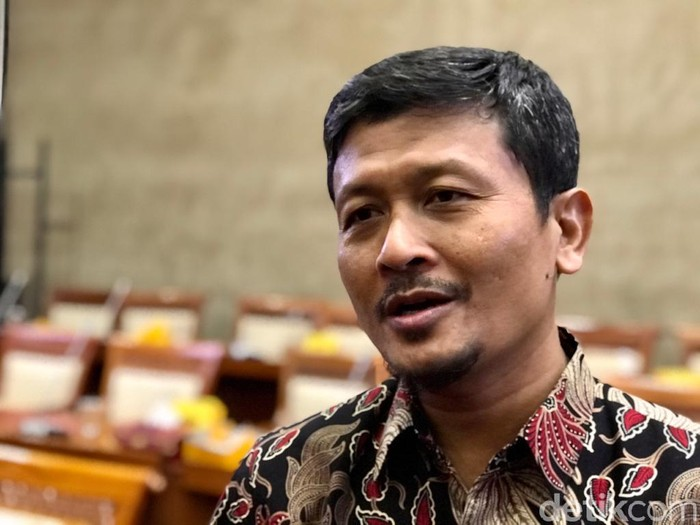 Ketua Kelompok Fraksi (Kapoksi) PKS Komisi VI, Amin Ak