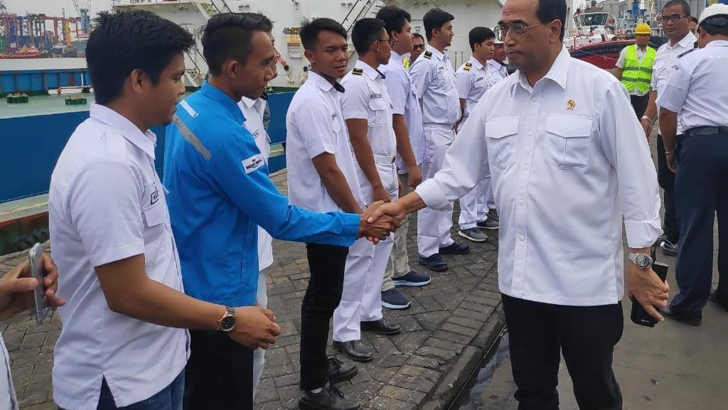 Momen Menhub Sidak PT Pelni Surabaya