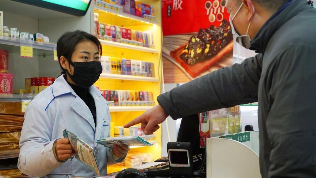 Warga China Borong Masker untuk Antisipasi Virus Corona