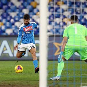 Hasil Coppa Italia: Diwarnai 2 Kartu Merah, Napoli Singkirkan Lazio