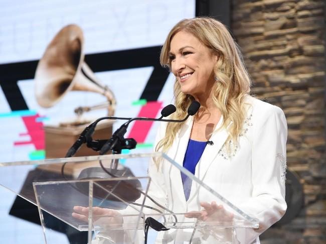 Dipecat dari Grammy Awards, Deborah Dugan Ungkap soal KKN