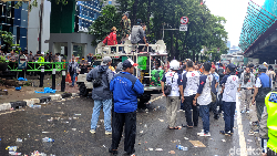 Massa 221 Priok Bersatu Bubar Usai Demo Yasonna, Lalin HR Rasuna Said Lancar