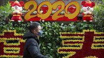 Warga China Ramai-ramai Pakai Masker untuk Antisipasi Virus Corona