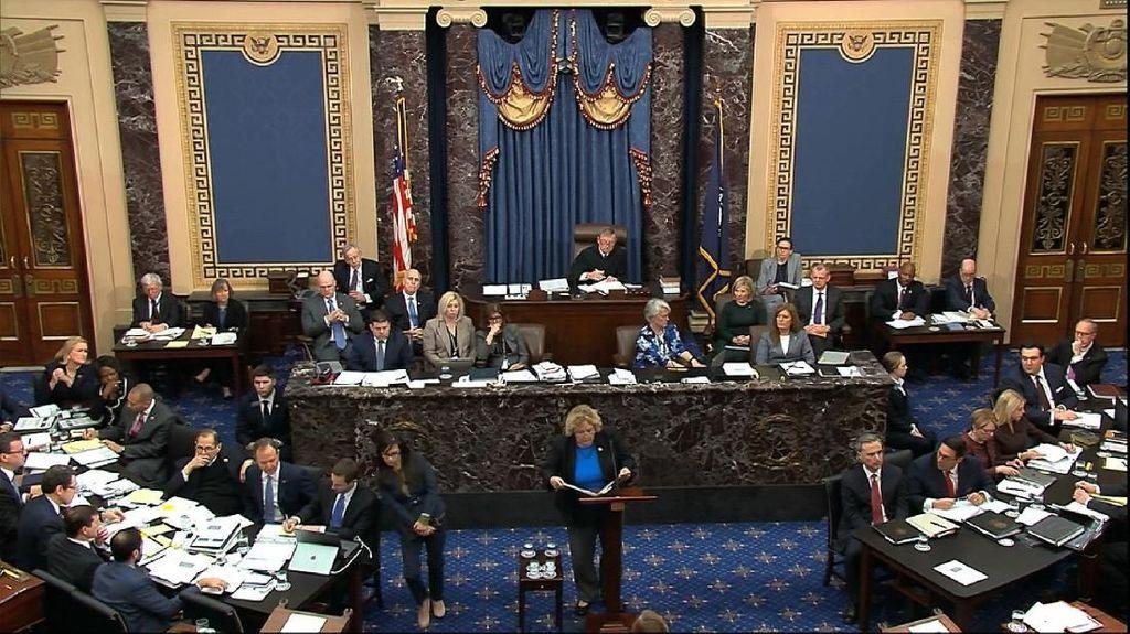Sidang Perdana Pemakzulan Trump di Senat Diwarnai Perdebatan Soal Saksi
