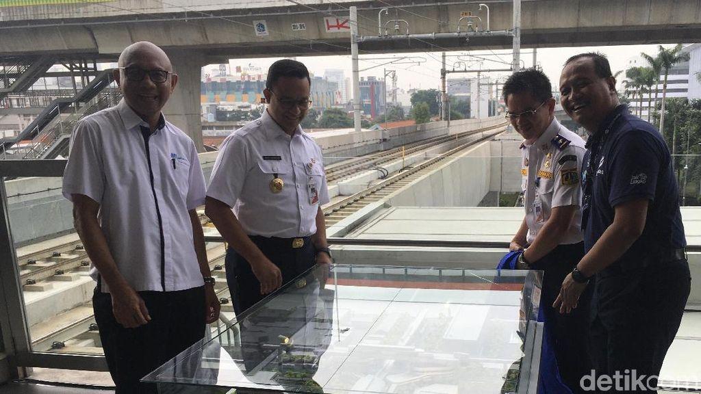 Anies Resmikan Dimulainya Pembangunan Integrasi MRT ASEAN-Halte TransJ CSW