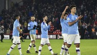 Walker Tegaskan City Belum Menyerah Kejar Liverpool