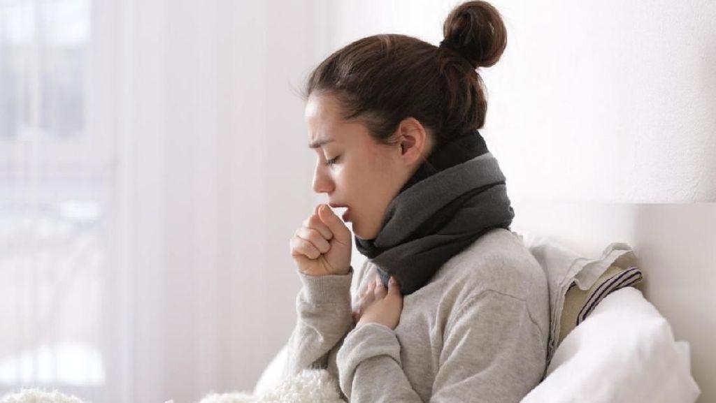 Batuk Berdahak Ketika Udara Dingin, Alergi atau Bronkitis?