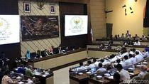 Mendagri Rapat Bersama Komisi II Bahas SILPA Daerah Bencana-Batas Negara