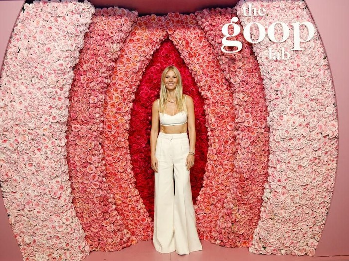 LOS ANGELES, CALIFORNIA - JANUARY 21: Gwyneth Paltrow attends the goop lab Special Screening in Los Angeles, California on January 21, 2020. (Photo by Rachel Murray/Getty Images)