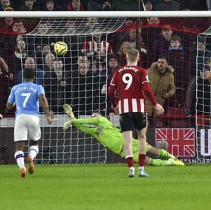 Babak I: Gabriel Jesus Gagal Penalti, Man City Ditahan Sheffield 0-0