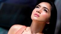 Ini Foto Angel Karamoy yang Bikin Pikiran Netizen Tak Beraturan