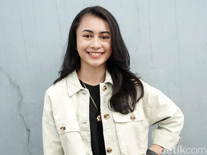 Sintya Marisca, bintang FTV yang viral karena joged di penampilan Didi Kempot.