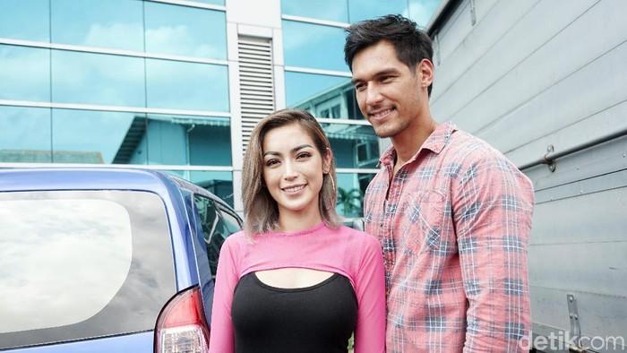 Jessica Iskandar dan Richard Kyle saat ditemui di studio Trans TV.