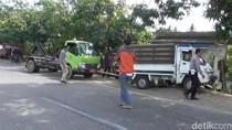 Kecelakaan Beruntun di Polewali Mandar, Dua Orang Terjepit Badan Mobil