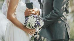 Kisah Pasangan yang Ditangkap Usai Langsungkan Pernikahan Saat Lockdown