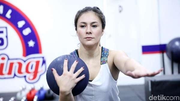 Olahraga Bareng Wulan Guritno Yuk!