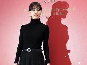 Viral Foto Bayangan Suzy Bikin Salah Fokus, Buat Netizen Jatuh Cinta