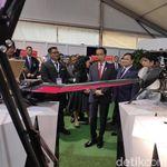 Jokowi Sebut Banyak Negara Kepincut Alutsista Buatan RI
