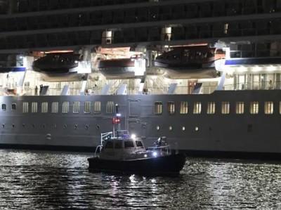 Penumpang Kapal Pesiar LGBT Tewas, Jatuh ke Laut dari Lantai 10