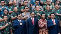 Prabowo Sering ke Luar Negeri, Jokowi: Bukan Jalan-jalan