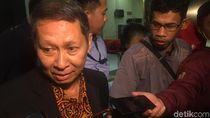 Diperiksa Hampir 12 Jam, Tersangka Dugaan Korupsi RJ Lino Belum Ditahan