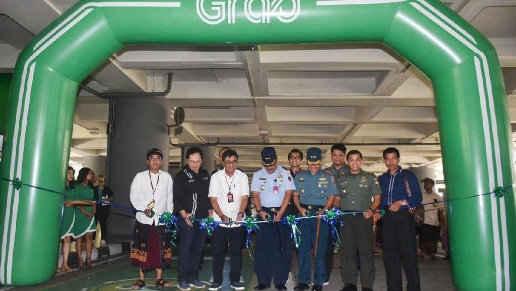 Resmi Hadir di Bandara Ngurah Rai, Ini Cara Pesan GrabCar Airport