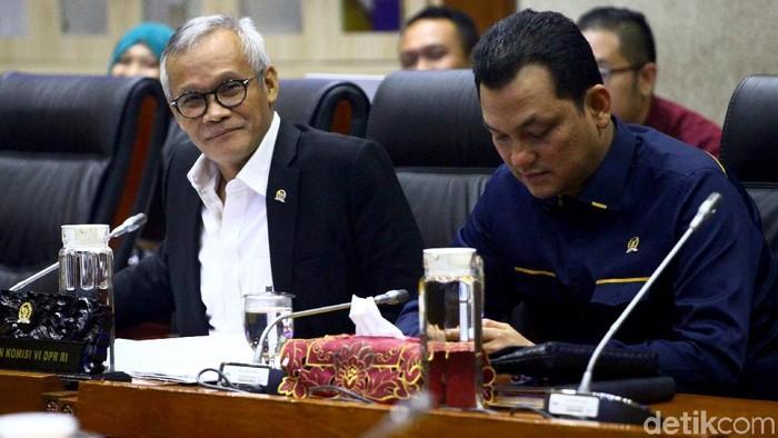 Panitia kerja (Panja) Komisi VI DPR menggelar rapat internal terkait kasus Jiwasraya. Rapat itu membahas kerangka acuan kegiatan dan menyusun program Panja.