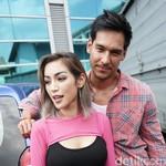 Jessica Iskandar Belikan Richard Kyle Moge Inggris Pakai Uang Receh
