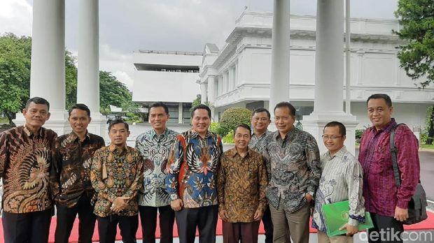 Jokowi Minta 2.600 Pasar Bisa Layani Jual Beli Online