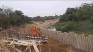 Turap di Sungai Cibeet Bakal Dibongkar
