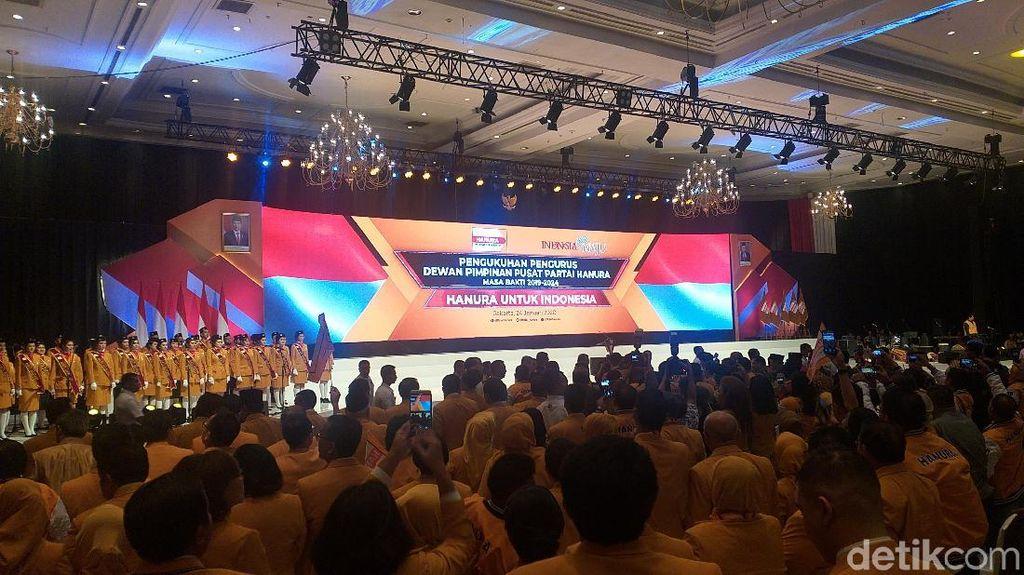 Jokowi-Maruf Amin Hadiri Pengukuhan Pengurus DPP Hanura