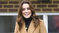 Ada Alasan Manis Kate Middleton Memakai Kalung Rp 19 Juta Ini