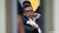 Ekspresi Sekjen PDIP Hasto Kristiyanto Saat Akan Diperiksa KPK
