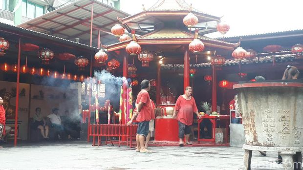Vihara Dharma Bhakti di Jalan Petak Sembilan, Glodok, Jakarta Barat