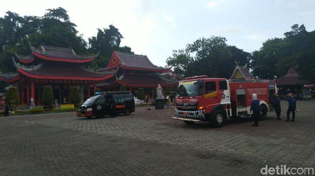 Simulasi pengamanan Imlek di Klenteng Sam Poo Kong Semarang